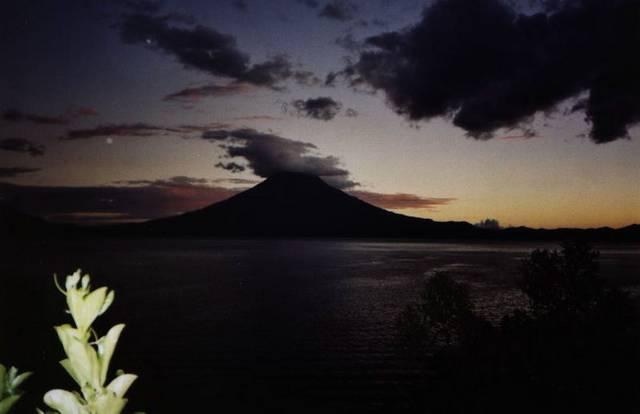 Lake_Atitlan_Sunset
